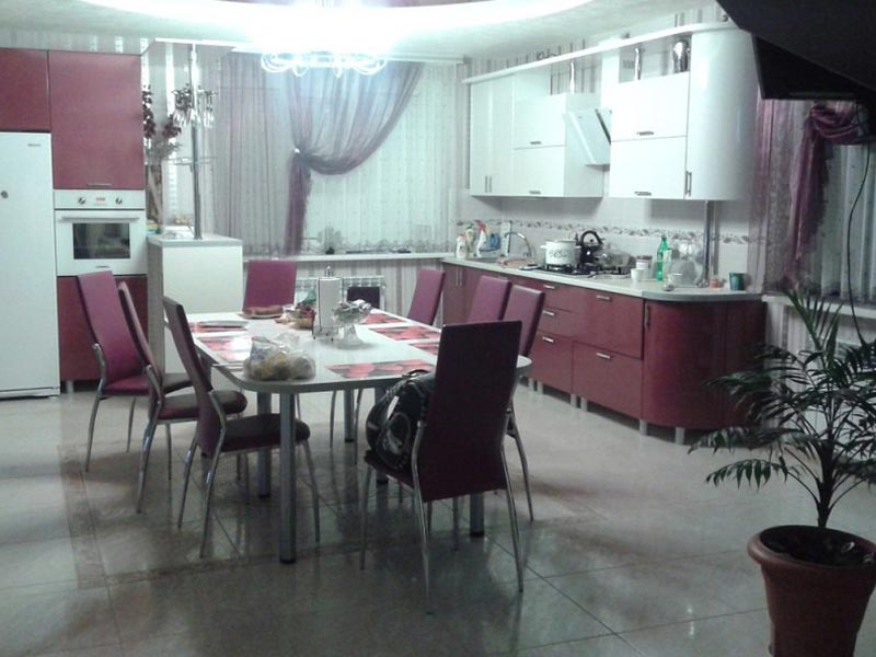 Кухня с фасадами ПВХ №12